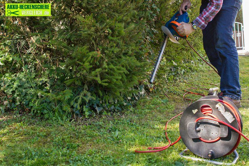 Elektroheckenschere-mit-kabeltrommel.jpg