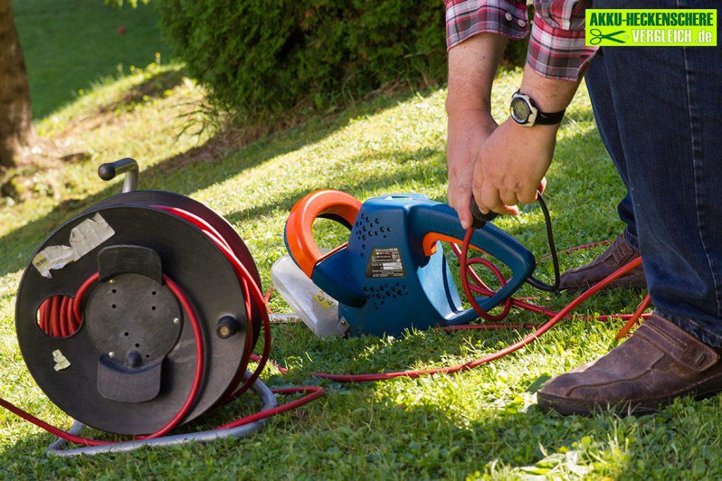Elektroheckenschere-mit-kabeltrommel3